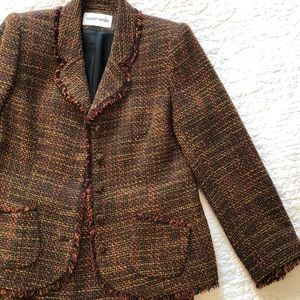Albert Nipon beautiful tweed suit